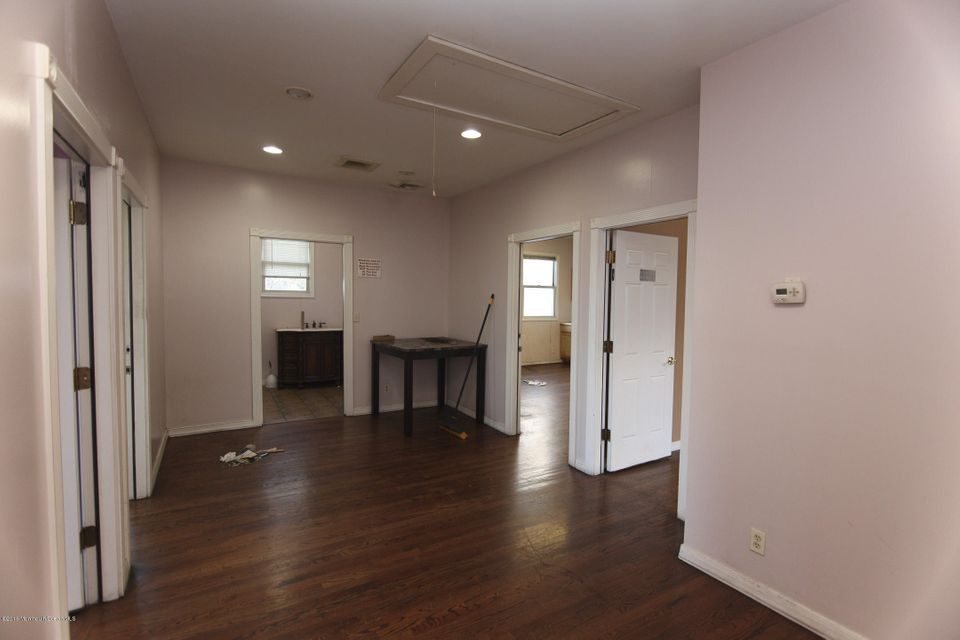 Commercial for Sale at 49 Pond Road Perth Amboy, New Jersey 08861 United States