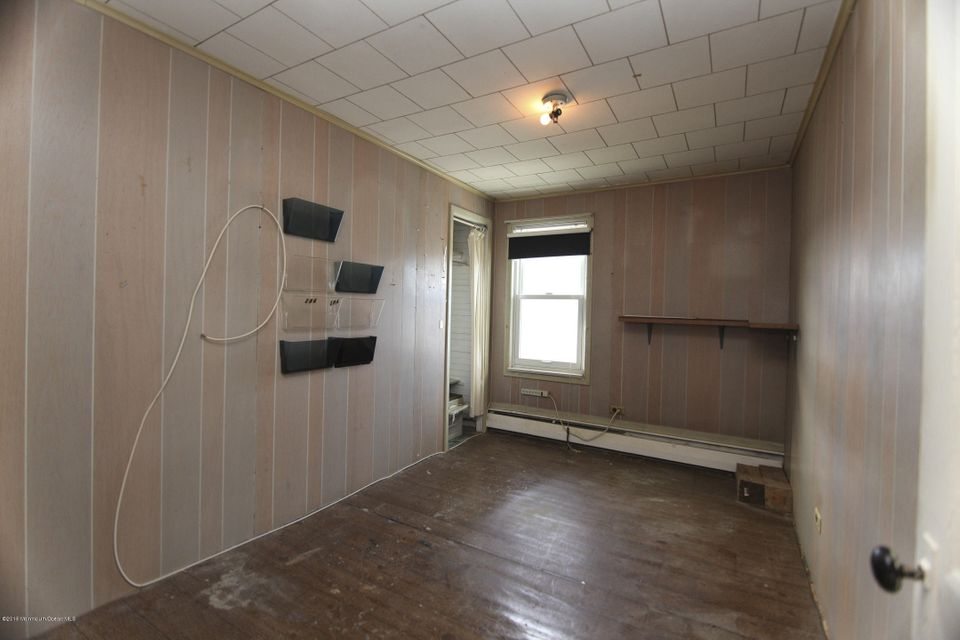 Additional photo for property listing at 286 Jeffrey Street  朗布兰奇, 新泽西州 07740 美国