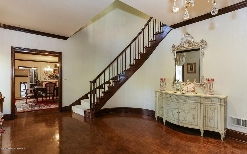 Additional photo for property listing at 68 Howland Road  Middletown, New Jersey 07748 United States