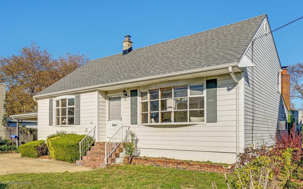 Single Family Home for Sale at 412 18th Avenue Lake Como, New Jersey 07719 United States