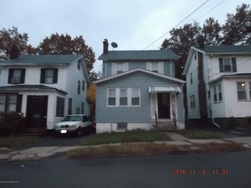 Single Family Home for Sale at 82 Underwood Street Newark, 07106 United States