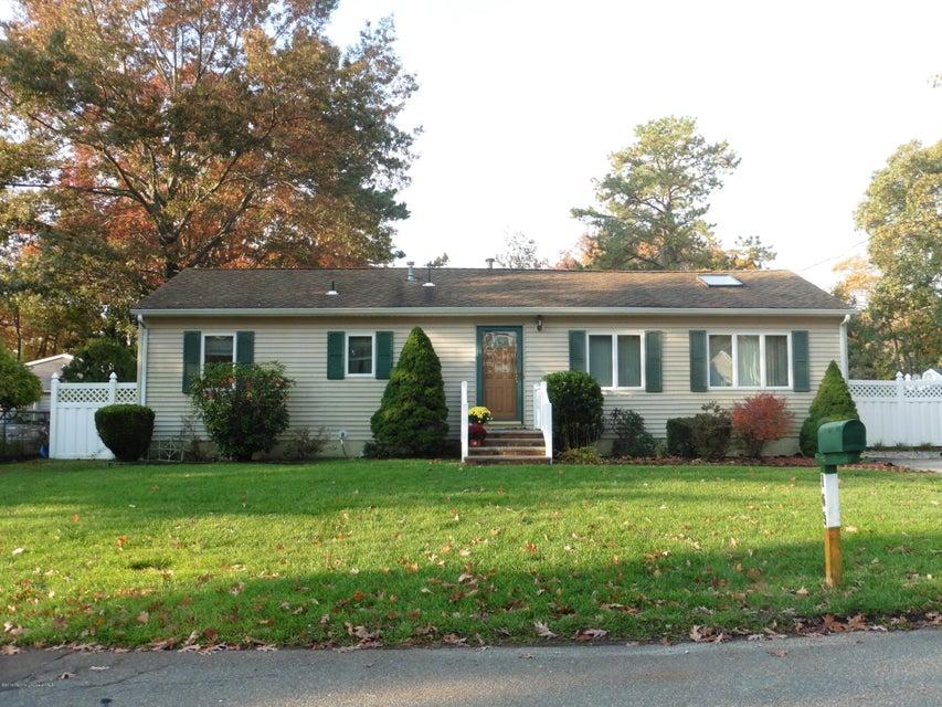 Maison unifamiliale pour l Vente à 109 Canis Drive Brick, New Jersey 08724 États-Unis