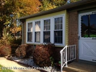 Additional photo for property listing at 4 Graystone Place  Whiting, Nueva Jersey 08759 Estados Unidos