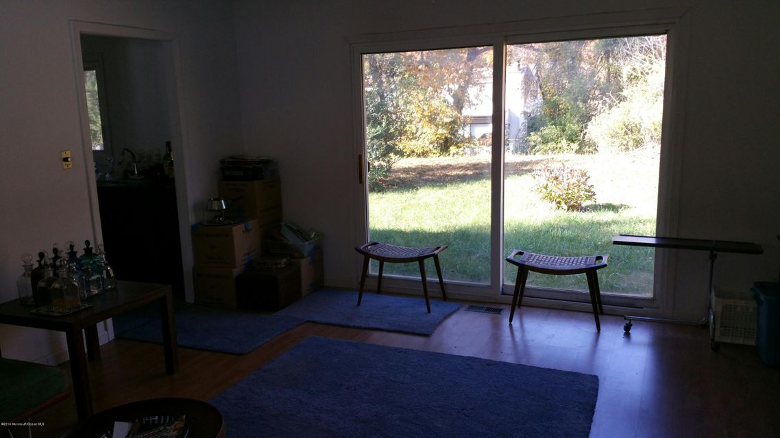 Additional photo for property listing at 15 Kenwood Lane  Matawan, New Jersey 07747 United States