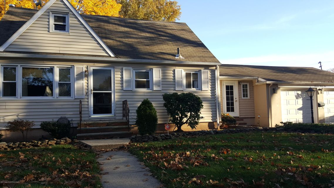 Single Family Home for Sale at 1435 Valley Road Rahway, New Jersey 07065 United States