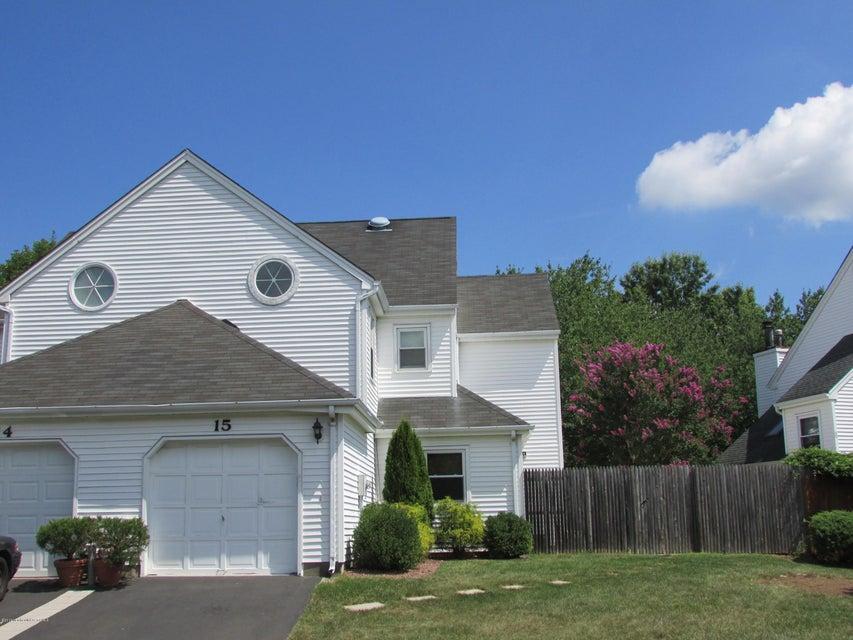 共管式独立产权公寓 为 出租 在 15 Lazarus Drive Freehold, 新泽西州 07728 美国