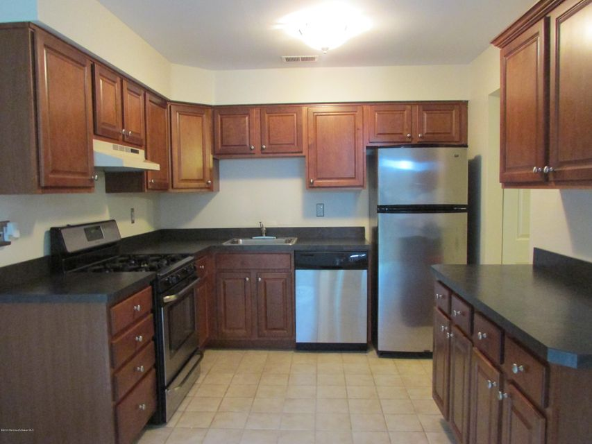 Additional photo for property listing at 15 Lazarus Drive  Freehold, New Jersey 07728 United States