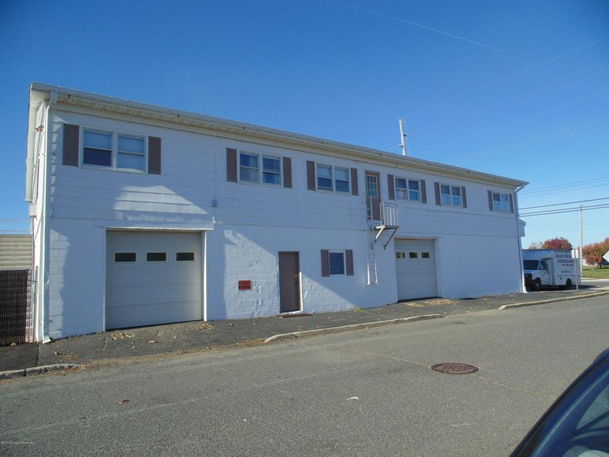 Additional photo for property listing at 608 Ocean Avenue  Point Pleasant, New Jersey 08742 United States