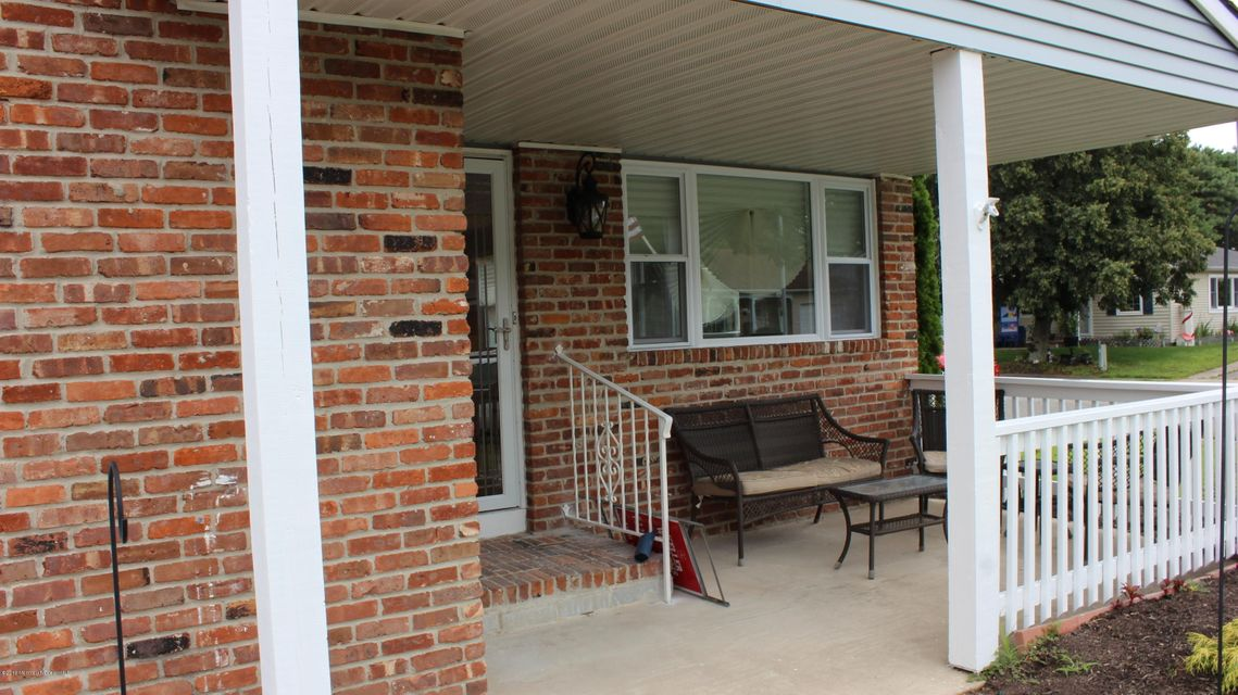 Additional photo for property listing at 133 Pulaski Boulevard  Toms River, New Jersey 08757 États-Unis