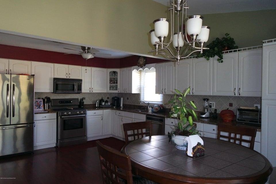Additional photo for property listing at 32 Basset Drive  汤姆斯河, 新泽西州 08757 美国