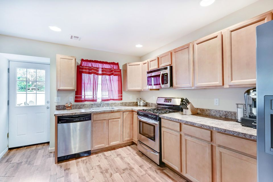 Additional photo for property listing at 2114 Halsey Road  Toms River, New Jersey 08753 États-Unis