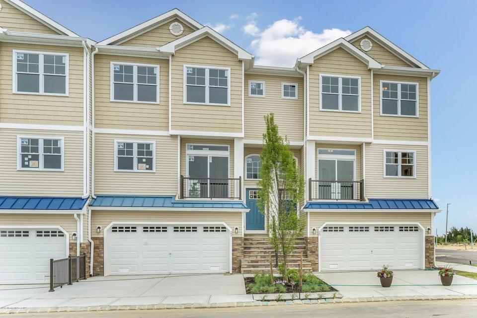 独户住宅 为 销售 在 27 Jeffrey Drive Little Egg Harbor, 新泽西州 08087 美国