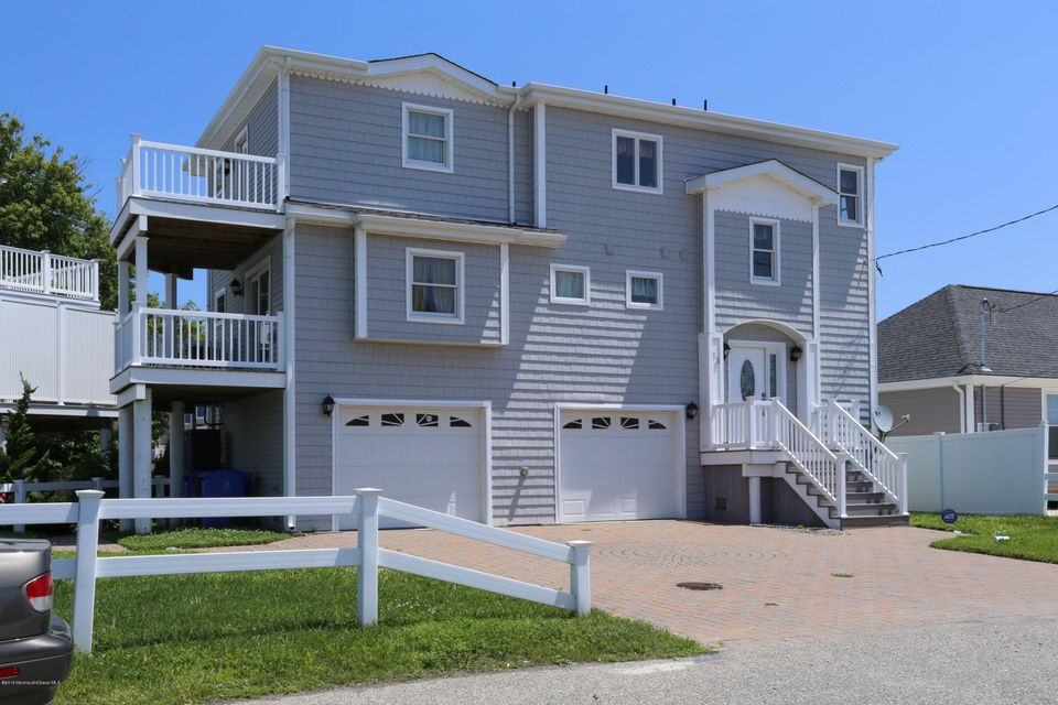 Maison unifamiliale pour l Vente à 13 Harry Drive Beach Haven West, New Jersey 08050 États-Unis