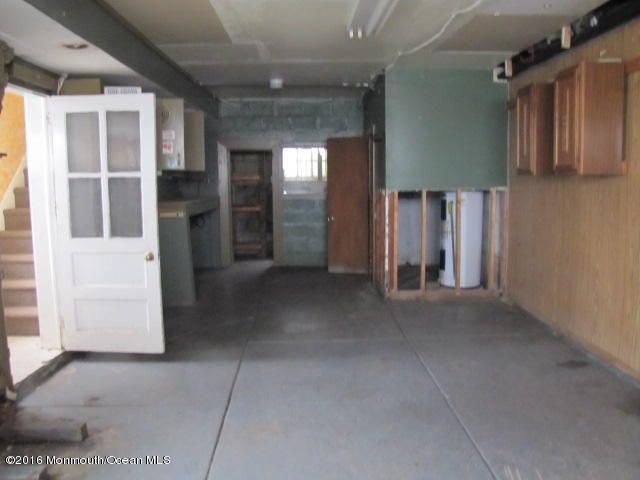 Additional photo for property listing at 42 Seabreeze Way  Keansburg, New Jersey 07734 États-Unis