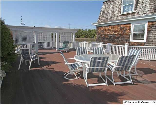 Additional photo for property listing at 58 Ocean Avenue  Monmouth Beach, New Jersey 07750 États-Unis