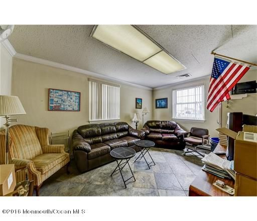 Additional photo for property listing at 779 Gornik Drive  Perth Amboy, New Jersey 08862 États-Unis