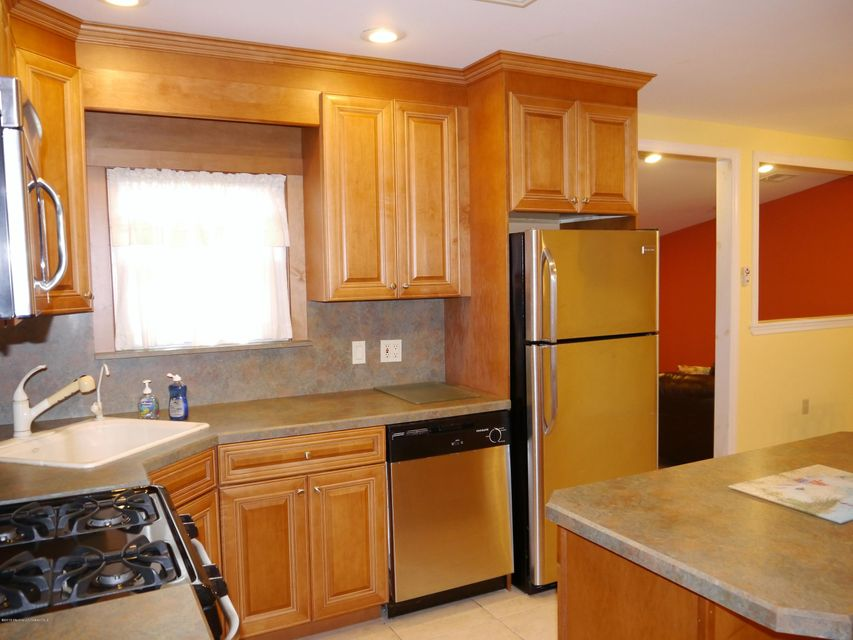 Additional photo for property listing at 16 Miami Drive  Little Egg Harbor, New Jersey 08087 États-Unis