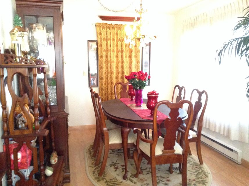 Additional photo for property listing at 2 Red Hill Road  曼彻斯特, 新泽西州 08759 美国