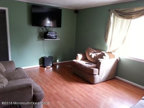 Additional photo for property listing at 9 Homestead Lane  Roosevelt, New Jersey 08555 États-Unis