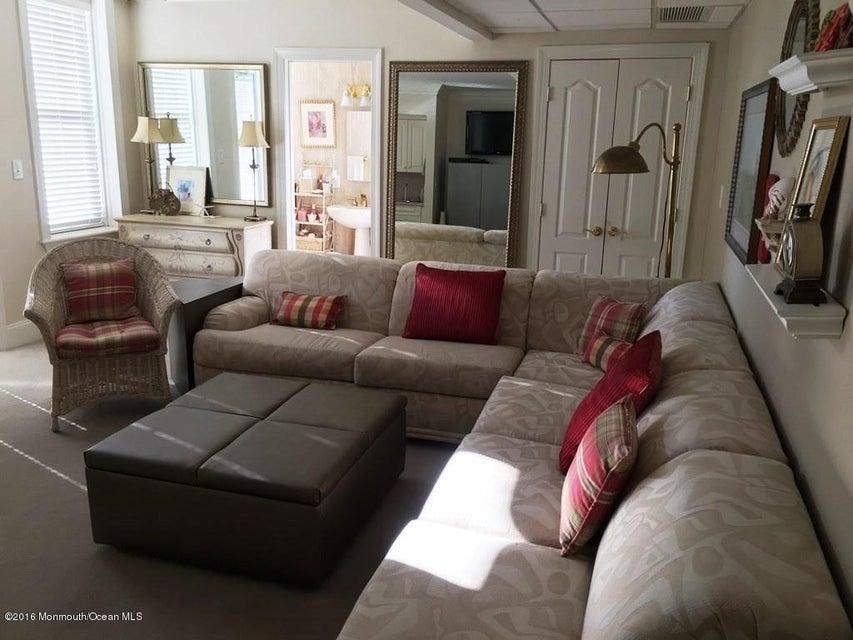 Additional photo for property listing at 700 Ocean Avenue  Spring Lake, Nueva Jersey 07762 Estados Unidos
