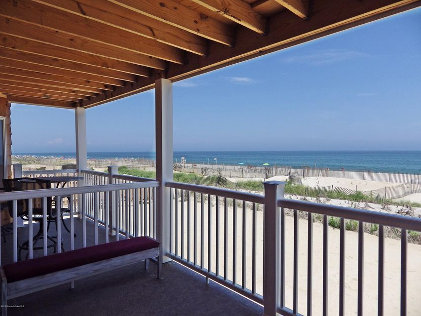Additional photo for property listing at 15 Dune Terrace  Ortley Beach, Nueva Jersey 08751 Estados Unidos
