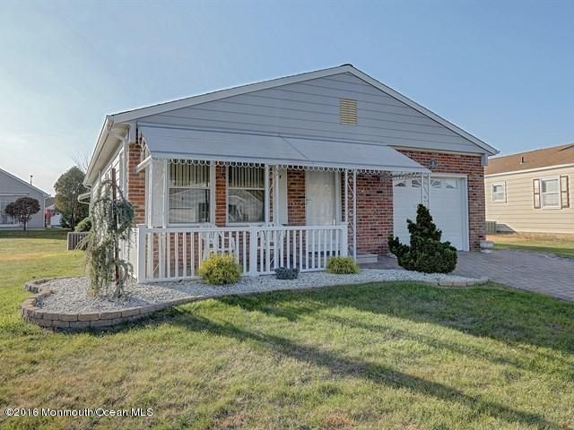 Additional photo for property listing at 8 Leighton Court  Toms River, New Jersey 08757 États-Unis