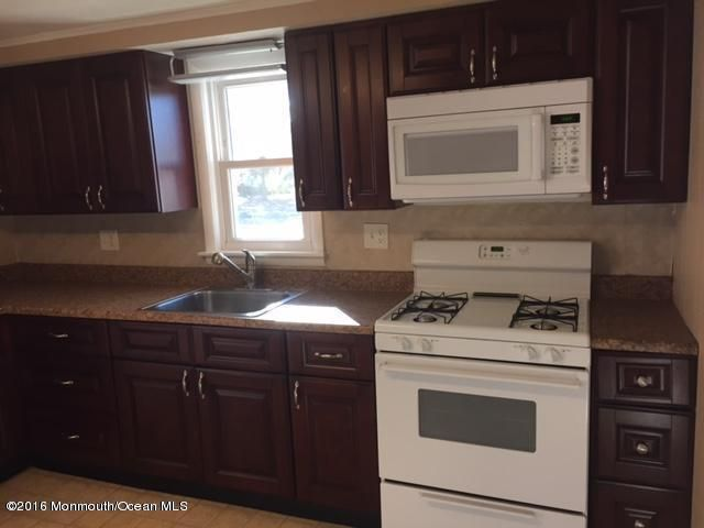 Additional photo for property listing at 505 Asbury Avenue  Ocean Gate, Nueva Jersey 08740 Estados Unidos