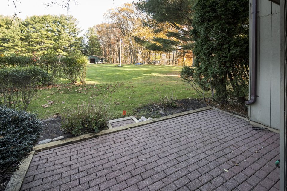 Additional photo for property listing at 60 Berkshire Court  Red Bank, New Jersey 07701 United States