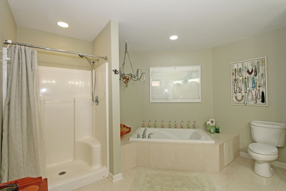 Additional photo for property listing at 3903 Smith Drive  Point Pleasant, New Jersey 08742 États-Unis