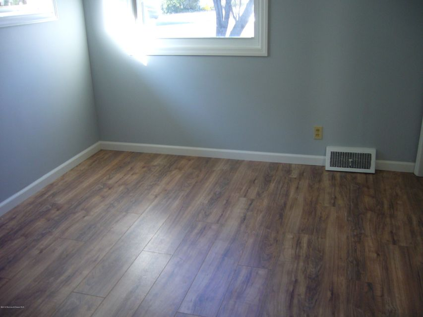 Additional photo for property listing at 59 Lakewood Road  Manasquan, New Jersey 08736 États-Unis