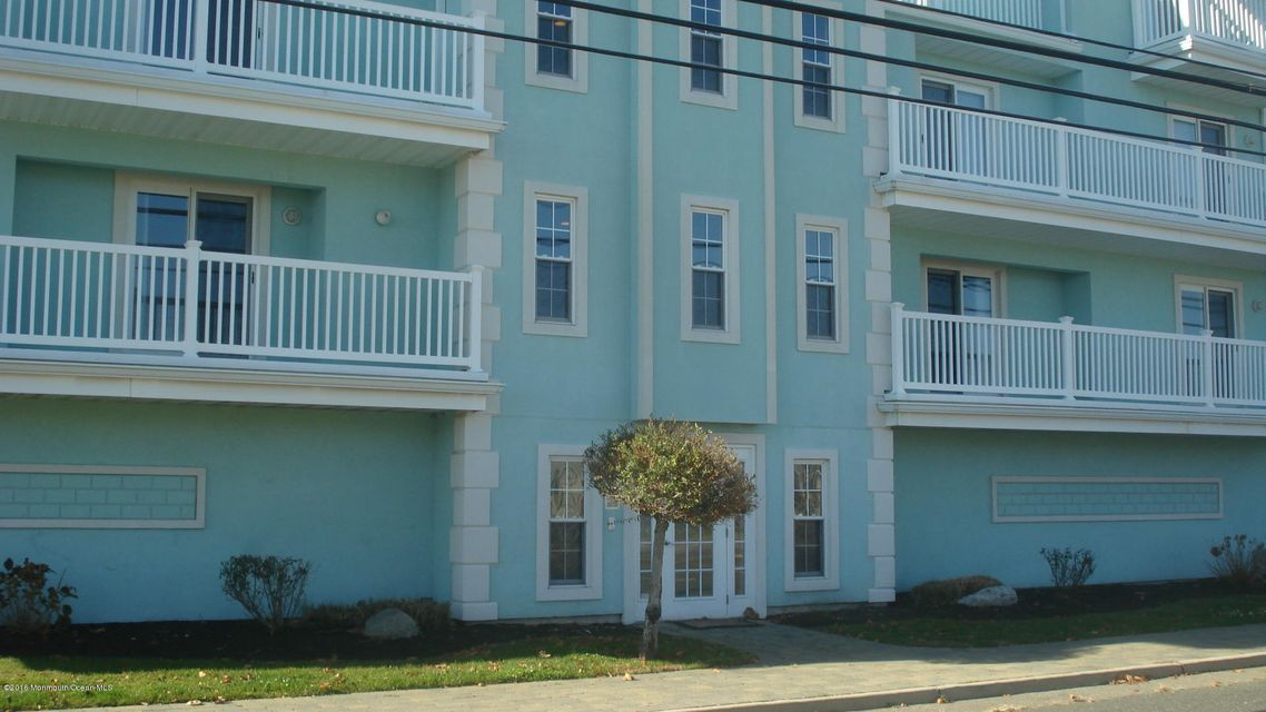 Condominio por un Alquiler en 202 Dupont Avenue Seaside Heights, Nueva Jersey 08751 Estados Unidos