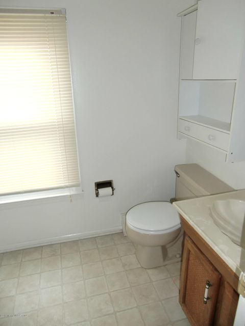 Additional photo for property listing at 15 Bay Avenue  Forked River, 新泽西州 08731 美国