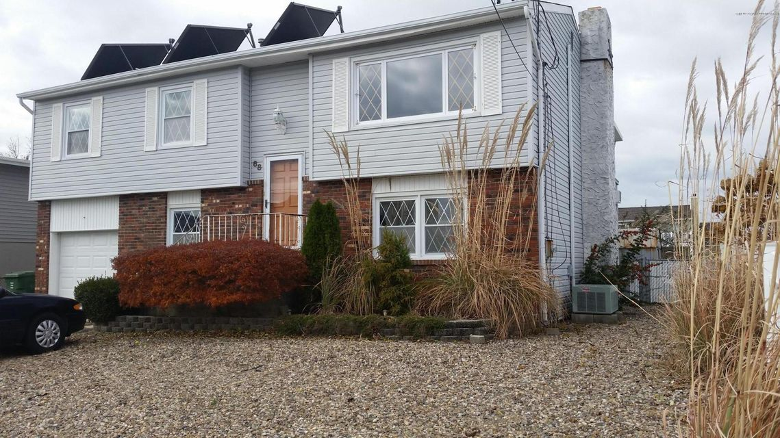 Waterfront homes for sale in ocean and monmouth nj for Jersey shore waterfront homes for sale