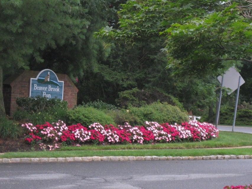 共管式独立产权公寓 为 销售 在 36 Hemlock Drive Jamesburg, 08831 美国