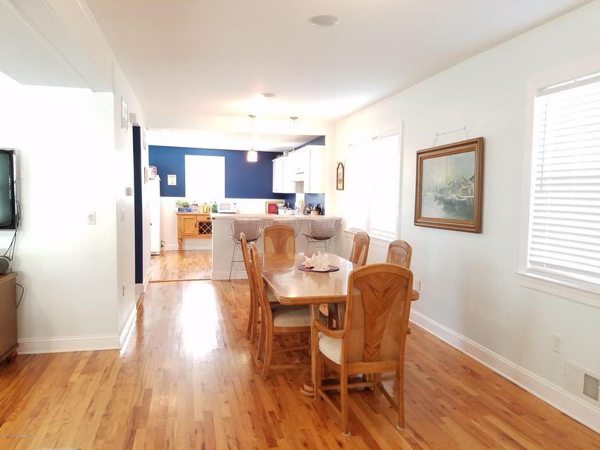 Additional photo for property listing at 110 Seaview Avenue  Long Branch, New Jersey 07740 États-Unis