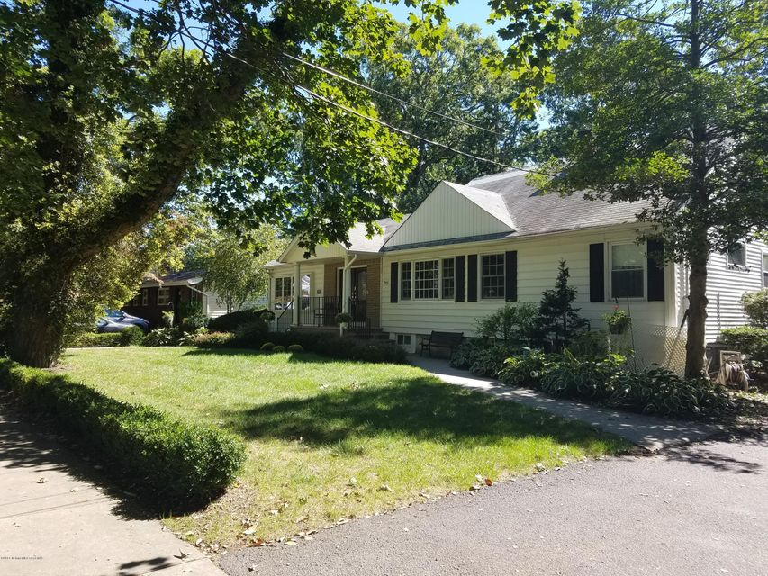 Additional photo for property listing at 246 12th Street  Lakewood, Nueva Jersey 08701 Estados Unidos