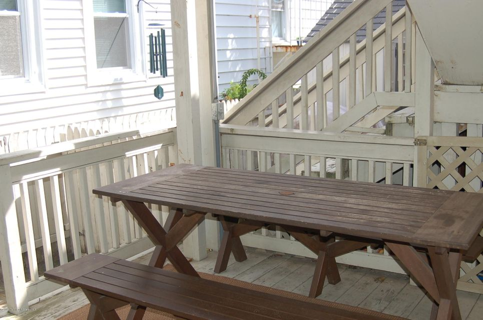 Additional photo for property listing at 29 Olin Street  Ocean Grove, New Jersey 07756 États-Unis