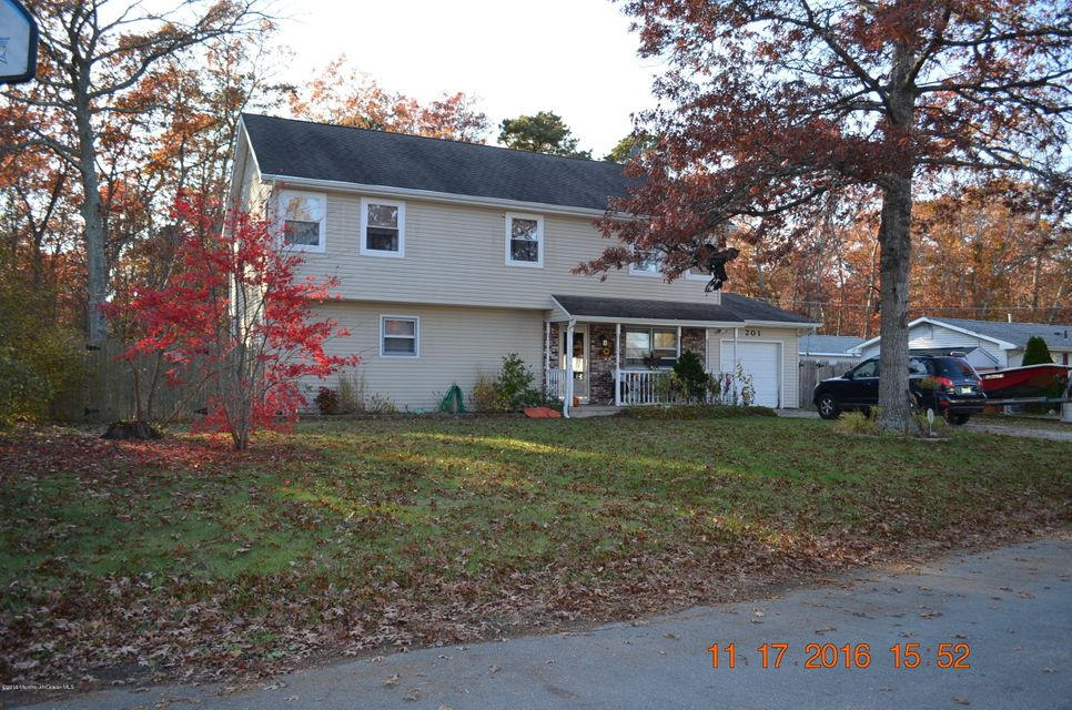 Single Family Home for Sale at 201 Birch Road New Gretna, New Jersey 08224 United States