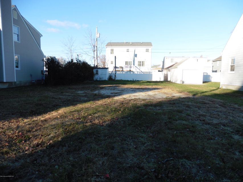 Additional photo for property listing at 411 Carter Avenue  Point Pleasant Beach, New Jersey 08742 États-Unis