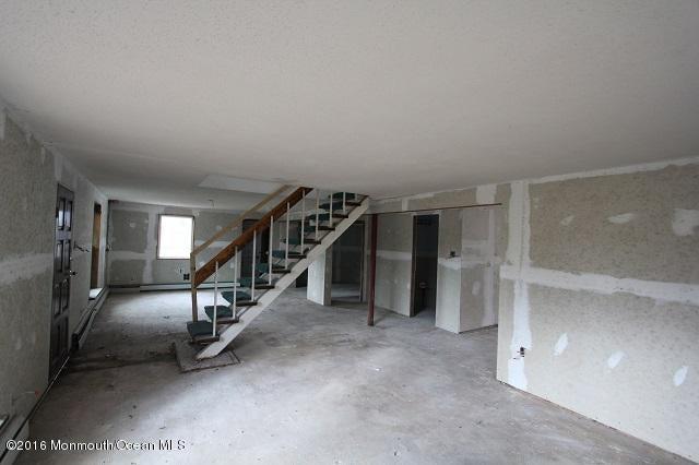 Additional photo for property listing at 135 Eugene Furey Boulevard  Bayville, New Jersey 08721 États-Unis