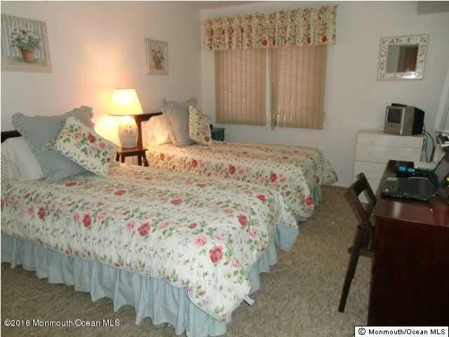 Additional photo for property listing at 77 Water Street  Toms River, New Jersey 08753 États-Unis