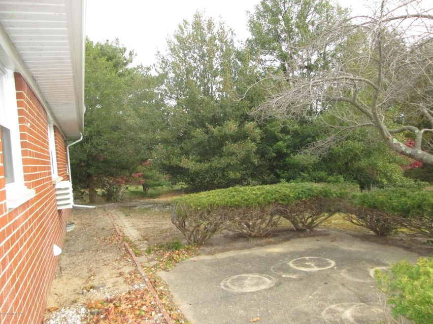 Additional photo for property listing at 250 Columbine Court  Whiting, New Jersey 08759 United States