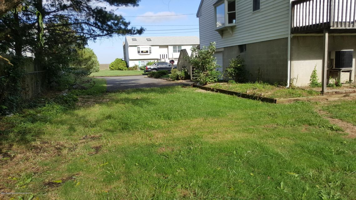 Additional photo for property listing at 134 Henry Street  Union Beach, Nueva Jersey 07735 Estados Unidos