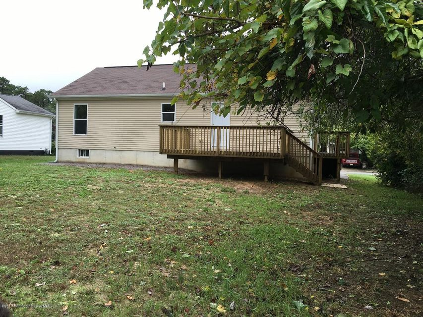 Additional photo for property listing at 117 Belmont Drive  Toms River, New Jersey 08757 États-Unis