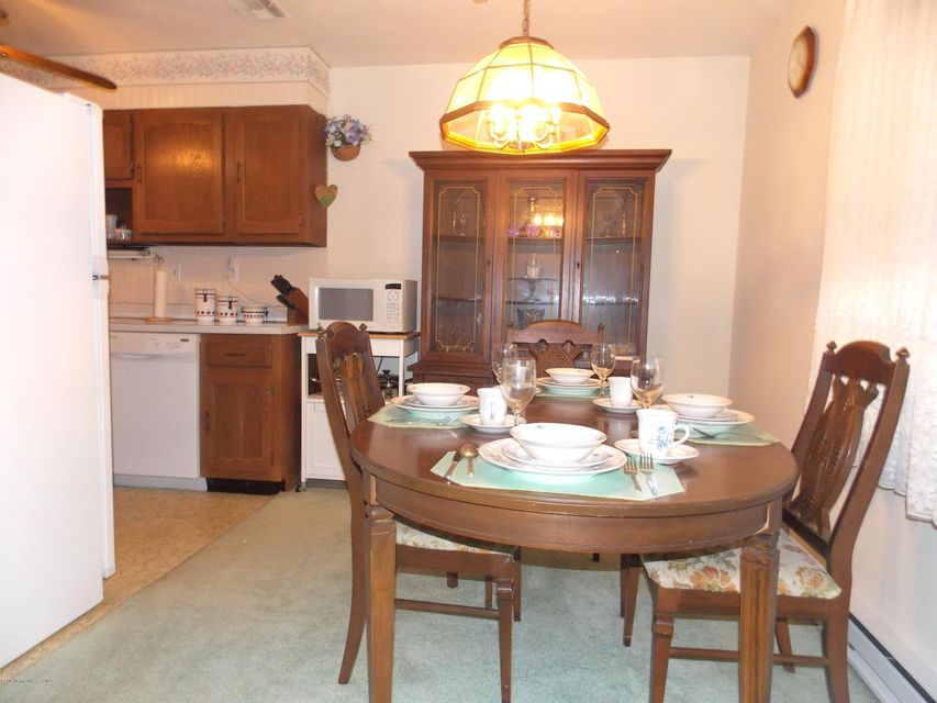 Additional photo for property listing at 1258a Argyll Circle  Lakewood, New Jersey 08701 États-Unis