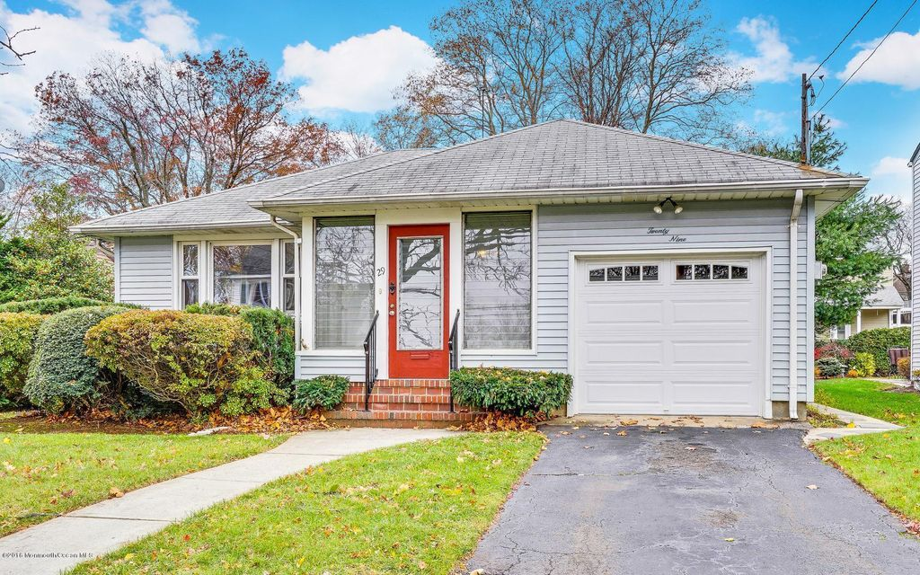 Additional photo for property listing at 29 Eggert Avenue  Metuchen, New Jersey 08840 États-Unis