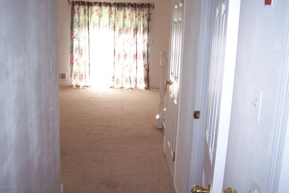 Additional photo for property listing at 5 Swan Road  Howell, New Jersey 07731 United States