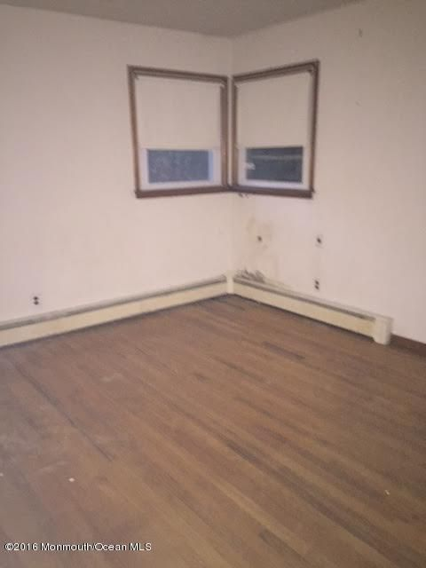 Additional photo for property listing at 116 Oak Glen Road  Howell, New Jersey 07731 United States