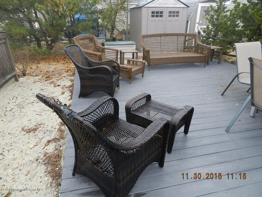 Additional photo for property listing at 28 1st Lane  South Seaside Park, Nueva Jersey 08752 Estados Unidos