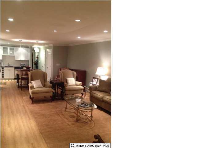 共管式独立产权公寓 为 出租 在 100 Seaview Avenue 蒙莫斯郡, 新泽西州 07750 美国
